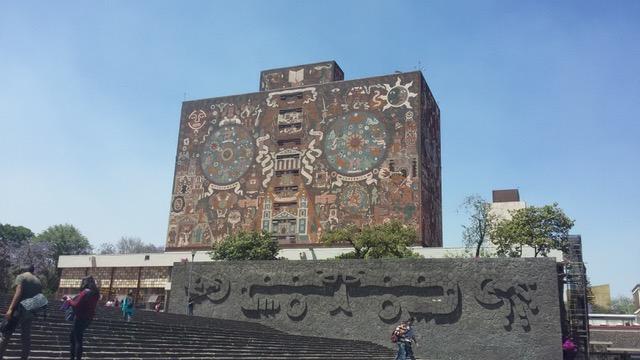 UNAM - Central Library - Muro Sur - El pasado colonial